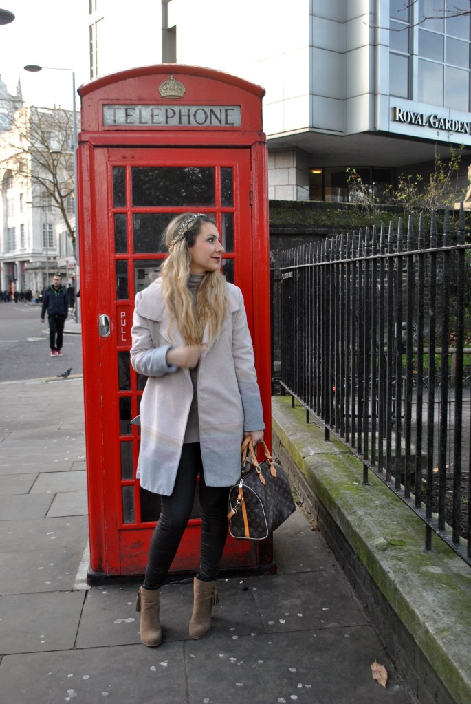london street style madamedaniel vuitton bag ombre coat