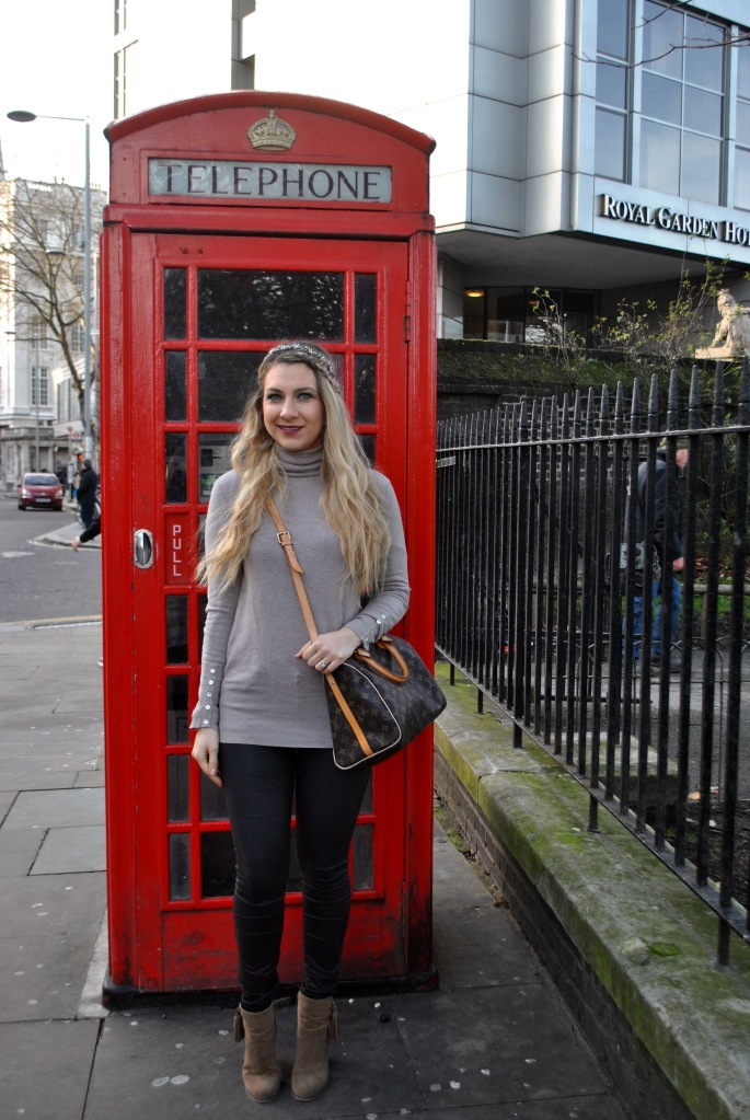 london street style madamedaniel vuitton bag ombre coat