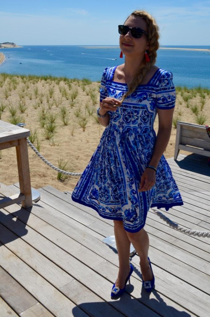 la corniche review madamedaniel dolce&gabanna blue dress