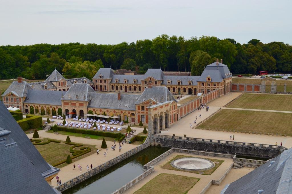 Vaux le Vicomte madamedaniel robe blanche chateau paris les chandelles madame daniel