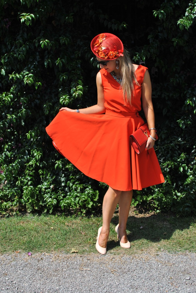 Rocio y Earl mariage wedding boda madamedaniel robe jade lolita wearlemonade louis antoinette YSL clutch orange wedding guest dress santander boda